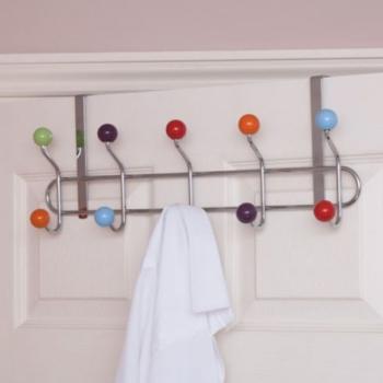 Cabide de porta com bolas coloridas